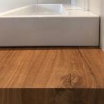 Moderner schwebender Holz Waschtisch Bad